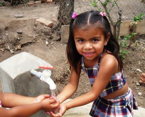 Agua potable para las comunidades rurales de Nicaragua