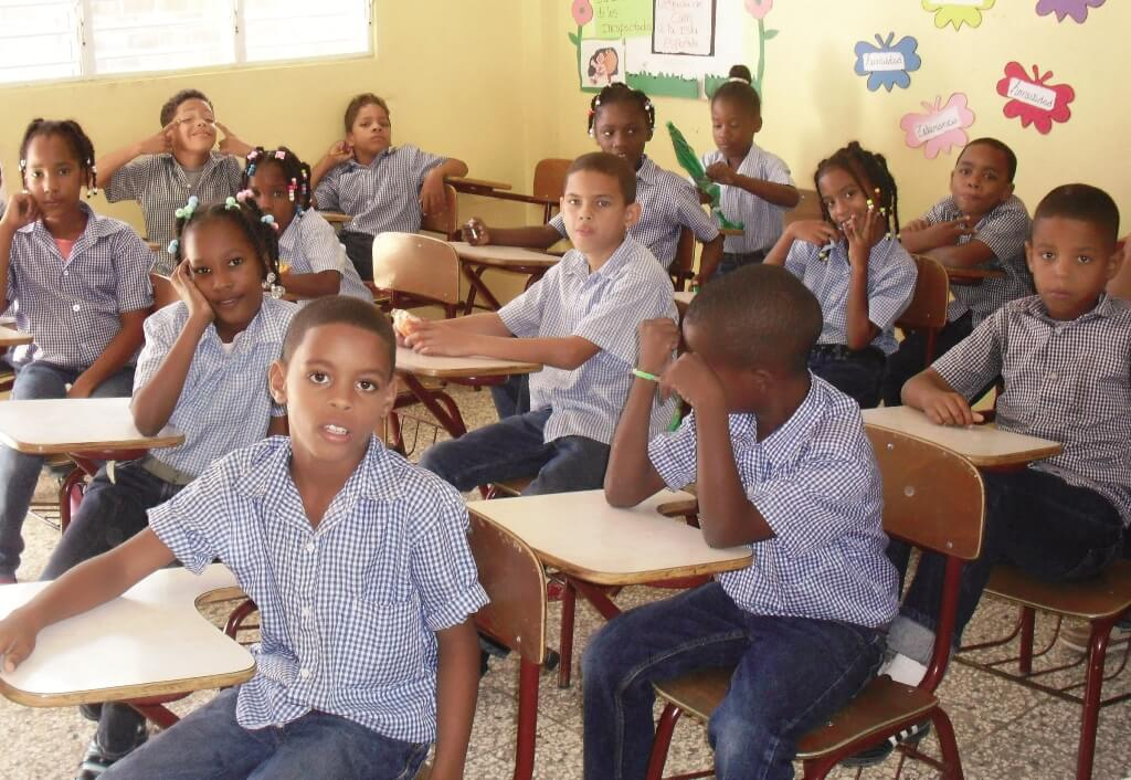 Alumnos de primaria en República Dominicana