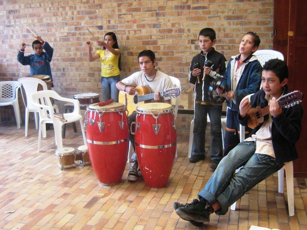 Programa con jóvenes en Colombia