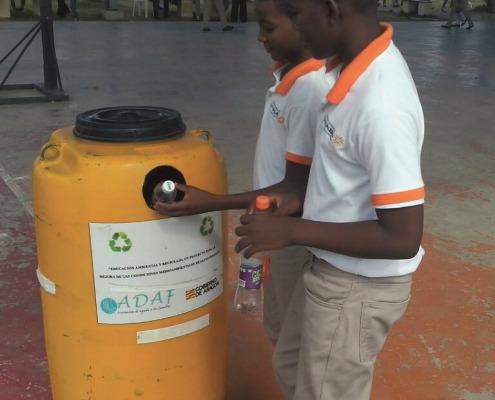 Proyecto de educación ambiental en República Dominicanaltados-proyecto-educacion-ambiental